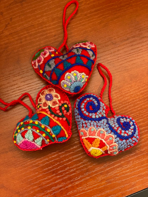Embroidered Heart {red} - Global Hues Market