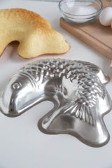 Curved Fish Mold