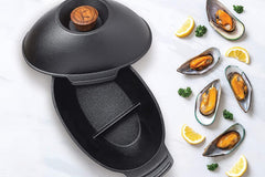 Outset Cast Iron Mussel Pot - 2 Quart
