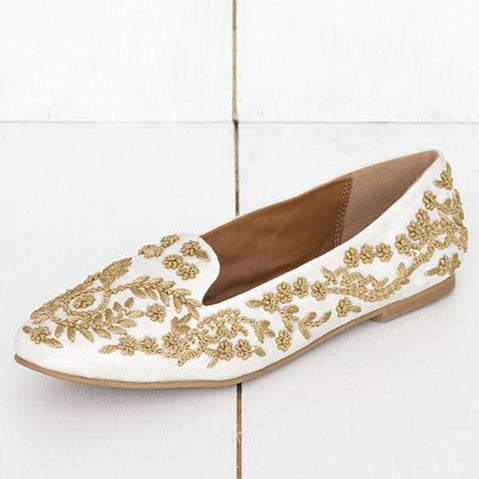 Reina - JUJU by Jyoti Sardar - handmade hand embroidered vegan shoes for women