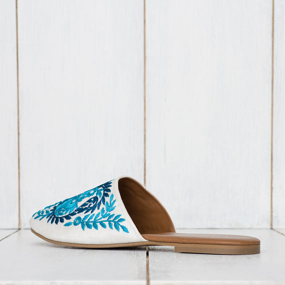 San - JUJU by Jyoti Sardar - handmade hand embroidered vegan shoes for women
