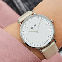 CLUSE Strap 18 mm Leather Warm White Metallic/ Silver CS1408101055 - Bracelet-montre au poignet