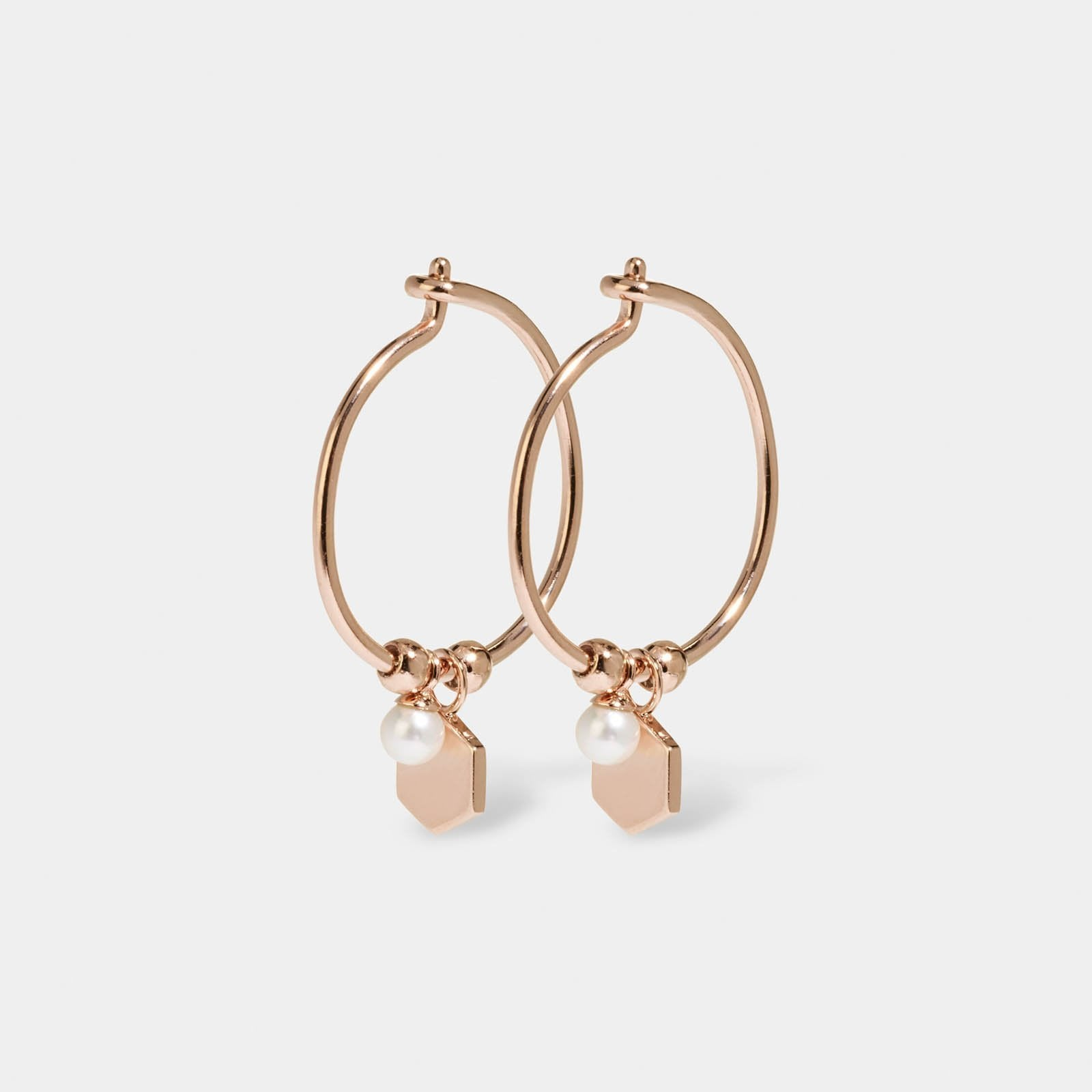 CLUSE Essentielle Rose Gold Hexagon and Pearl Charm Hoop Earrings CLJ50002 - Boucles d'oreilles