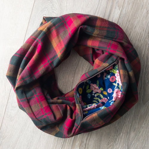 Infinity Pocket Scarf | Pomegranate