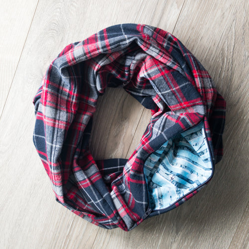 Infinity Pocket Scarf | Midnight Blue