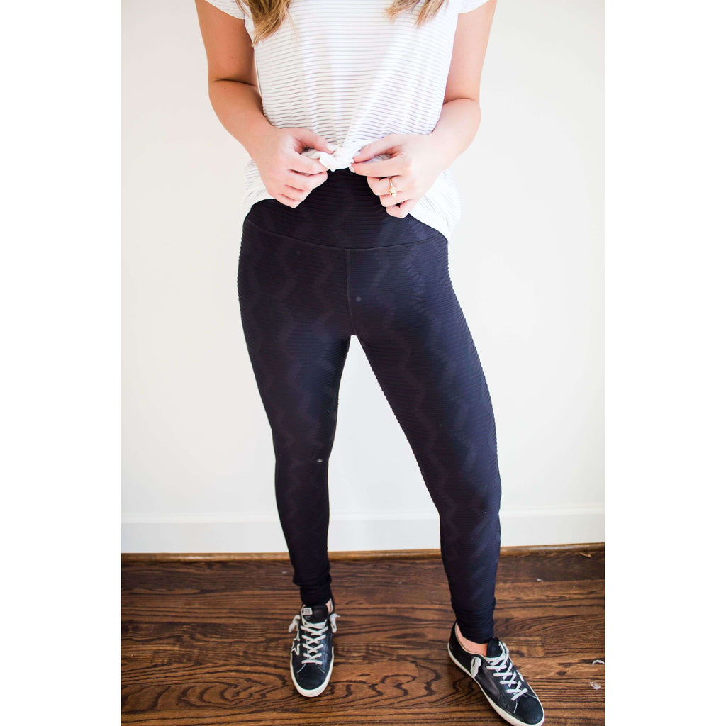 High Rise Textured Ribbed Leggings in Black