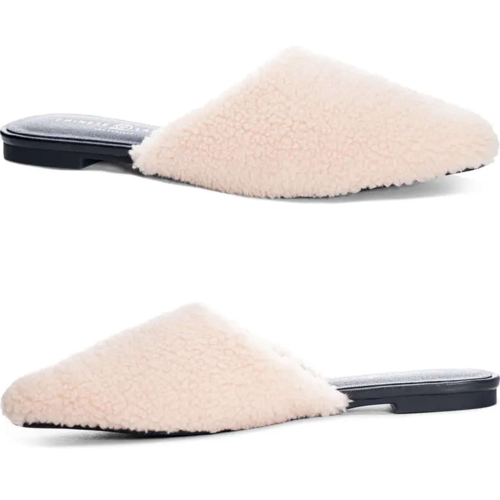 Fleece Shearling Slip On Mule in Light Natural