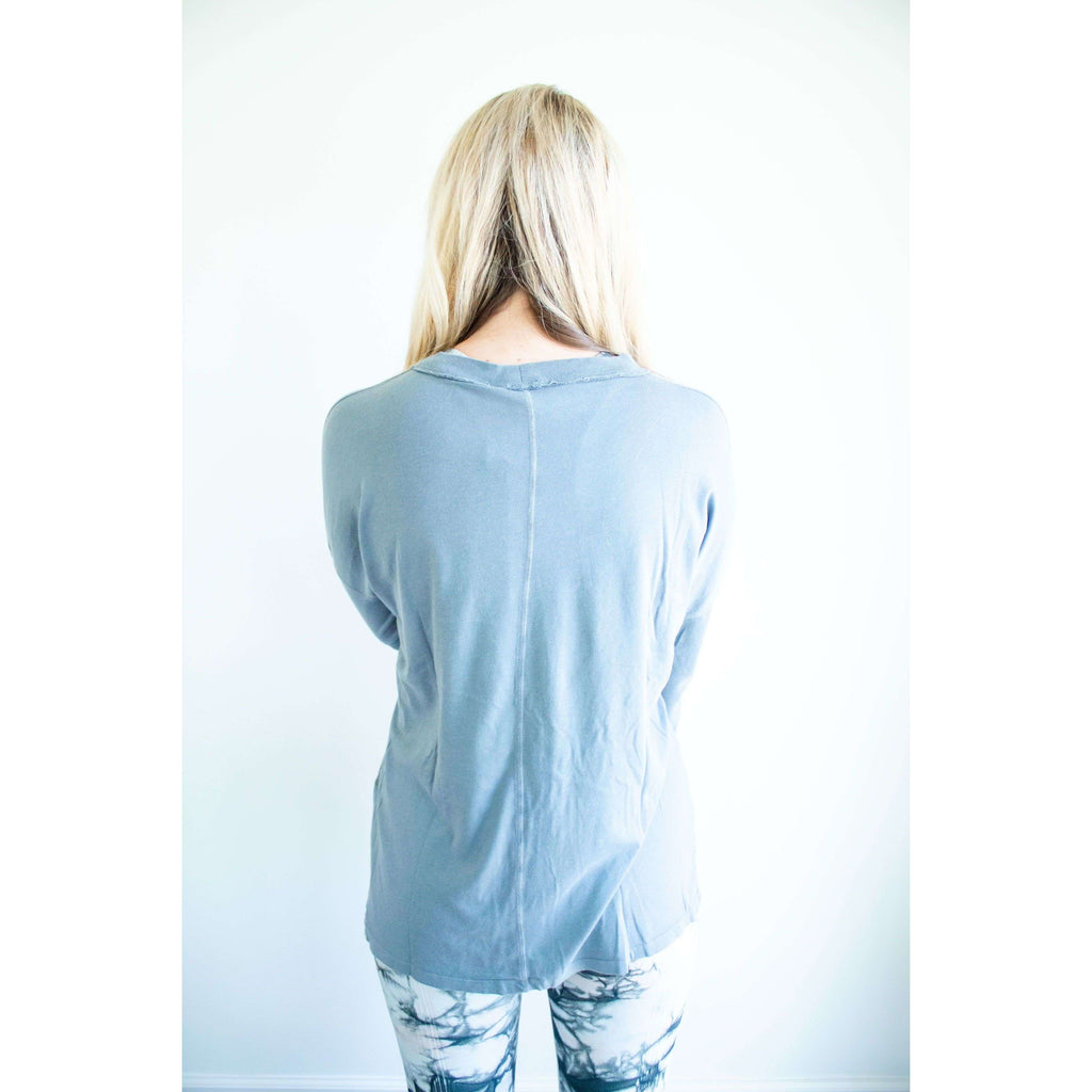 Mineral Wash Hi-Lo Lounge Tee in Blue Grey