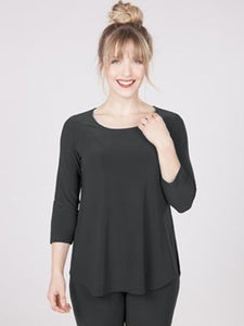 Black Essential 3/4 Sleeve Top