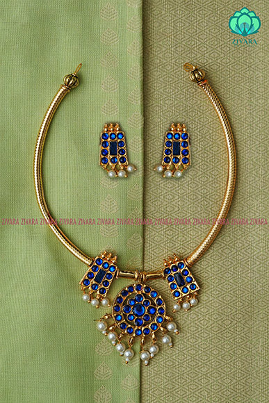 Sumati - Traditional kemp neckwear with earrings