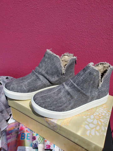 GREY BOOTIE SHOES