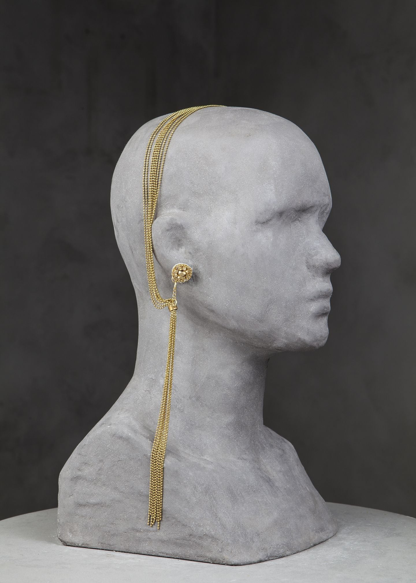 calla-head piece