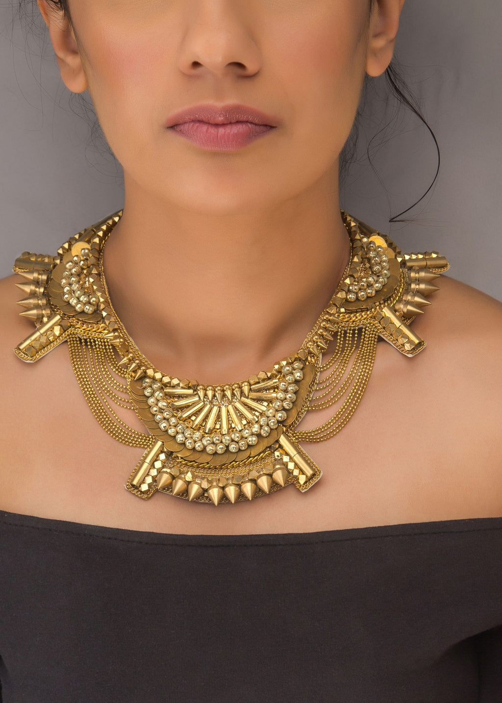Angele Neck Piece