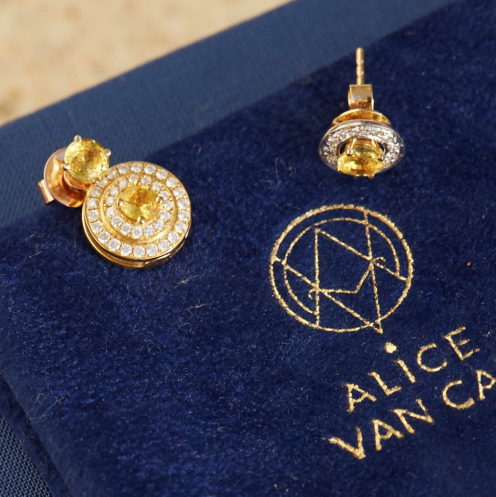 The Alice Yellow Saphhire and Diamond Sphère