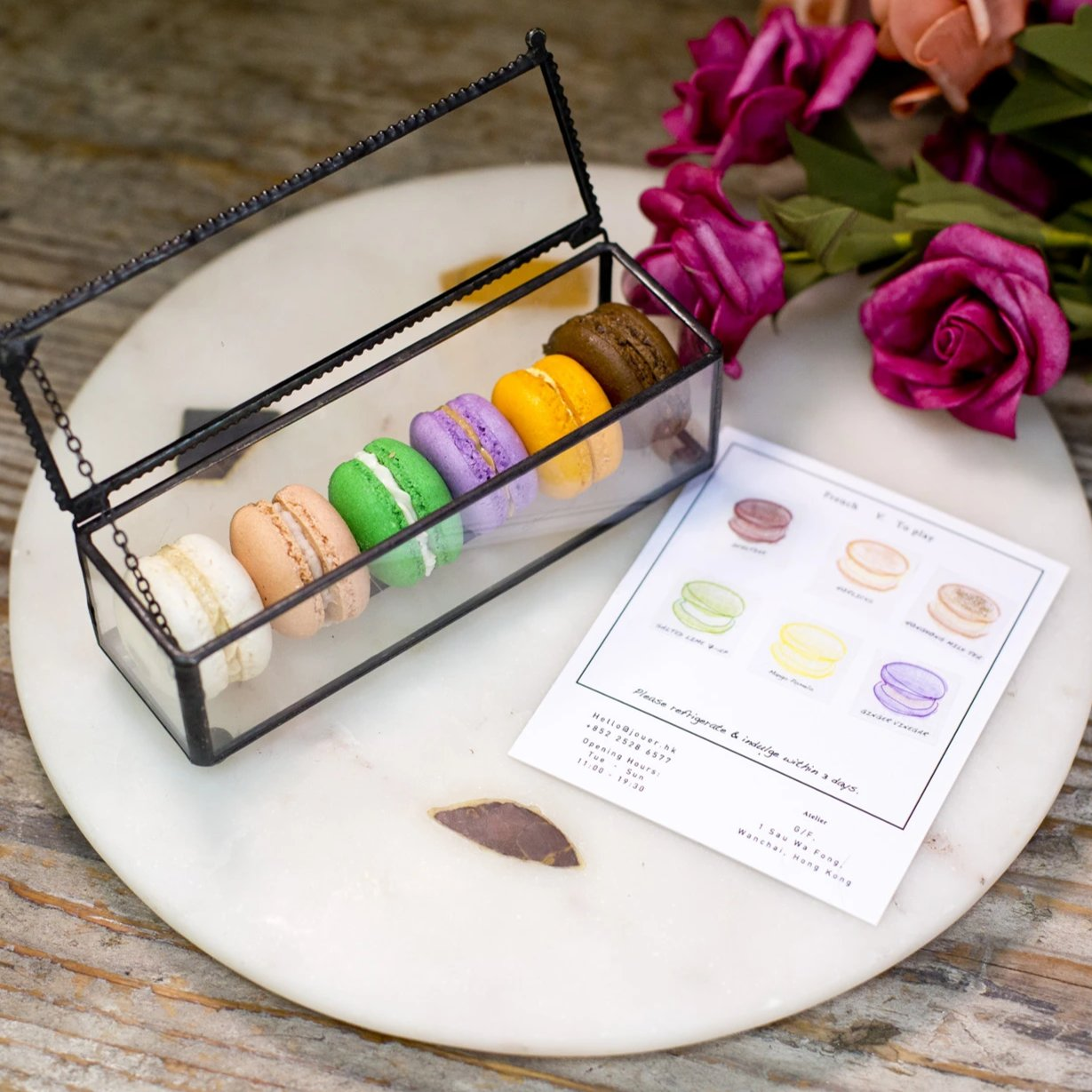 HK Retro Flavours Macaron Set in Glass Box (6pc)