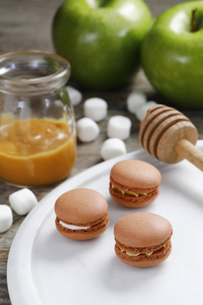Autumn Flavours Macaron Set in Glass Box (12pc)