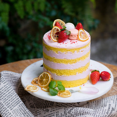 Jouer Strawberry Lemonade Cake