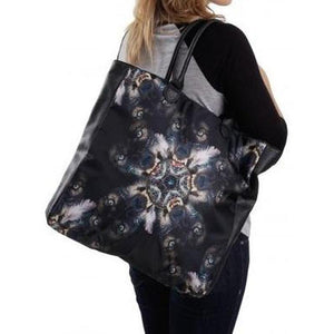 iron_fist_night_catcher_tote_bag_5_S1KFTXL59LJ0.jpg