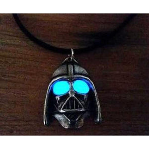 necklace_star_wars_darth_vader_glow_in_dark_S1KFLWR9ZP7S.jpg