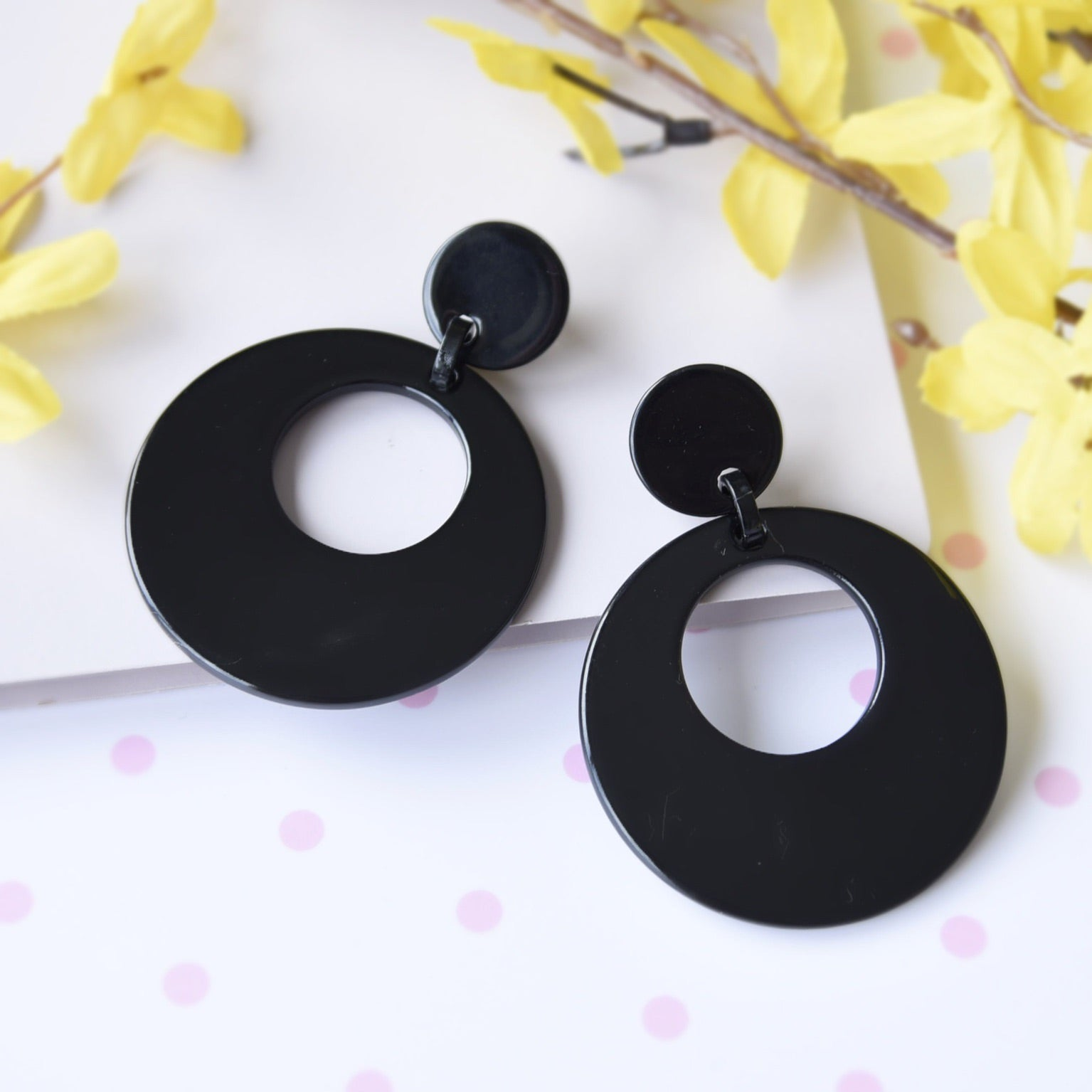 Classic Black Lightweight Fashion Statement Earrings
