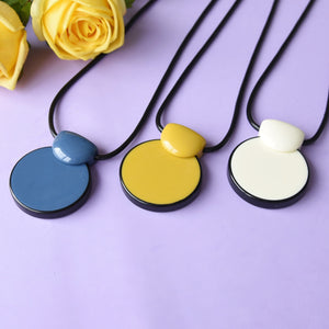 White Pendant Statement Fashion Necklace