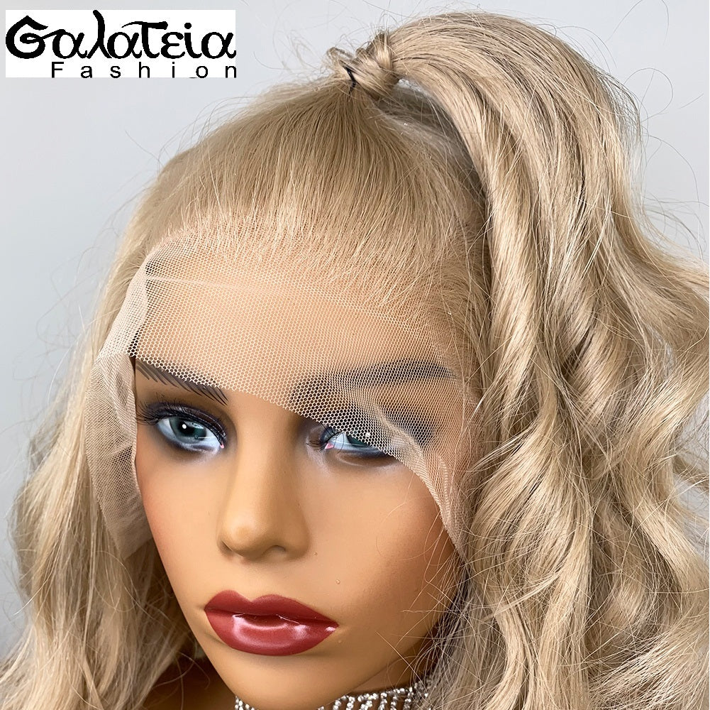 PERRUQUE  SYNTHÉTIQUE FIBRE FUTURA BODY WEAVE HONEY BLONDE  AVANT DENTELLE SUISSE
