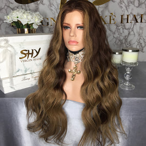 PERRUQUE INDIENNE BODY WEAVE AVANT DENTELLE SUISSE 13X6