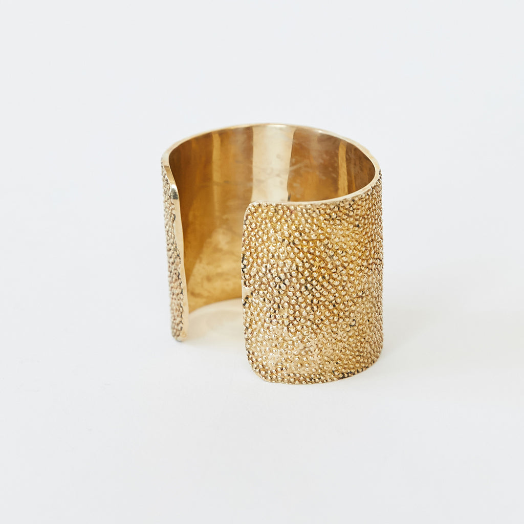 Cold Cast Stingray Cuff Gold