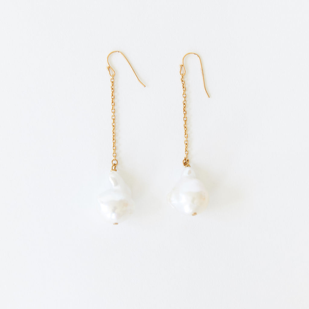 Pearl Chain Earrings White