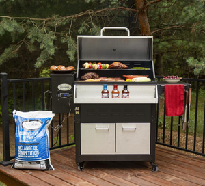 "Louisiana Grills LG800E Elite Wood Pellet Grill - 60815 ""While Supplies Last"""