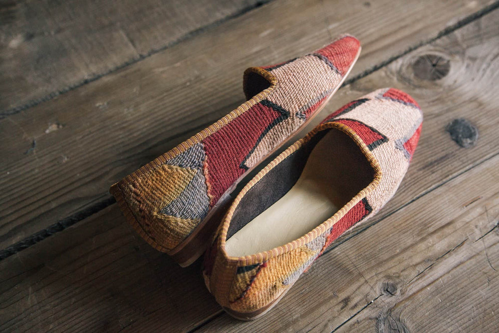 KILIM SHOES  US 9 / EU 40