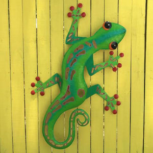 44in Green Sculpted Metal Gecko Wall Decor