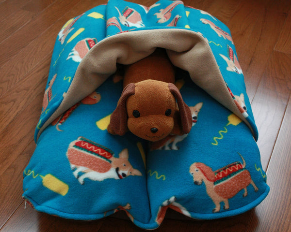 Corgi and dachshund hotdog Bunbed with plush