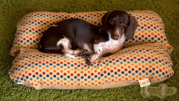 Retro Gold Multi-color dots Mellow Yellow Fleece Bunbed, Dachshund Hot Dog Bun Bed