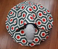 Round Pocket Dog Bed with Dog Plush