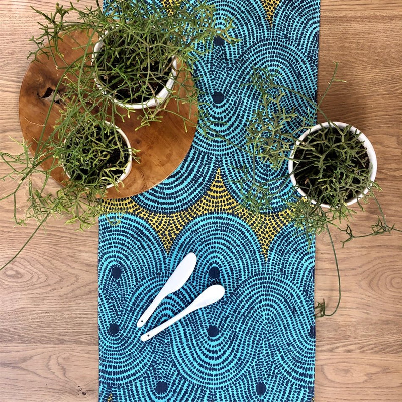 Crop Field Table Runner - Artisans Bloom