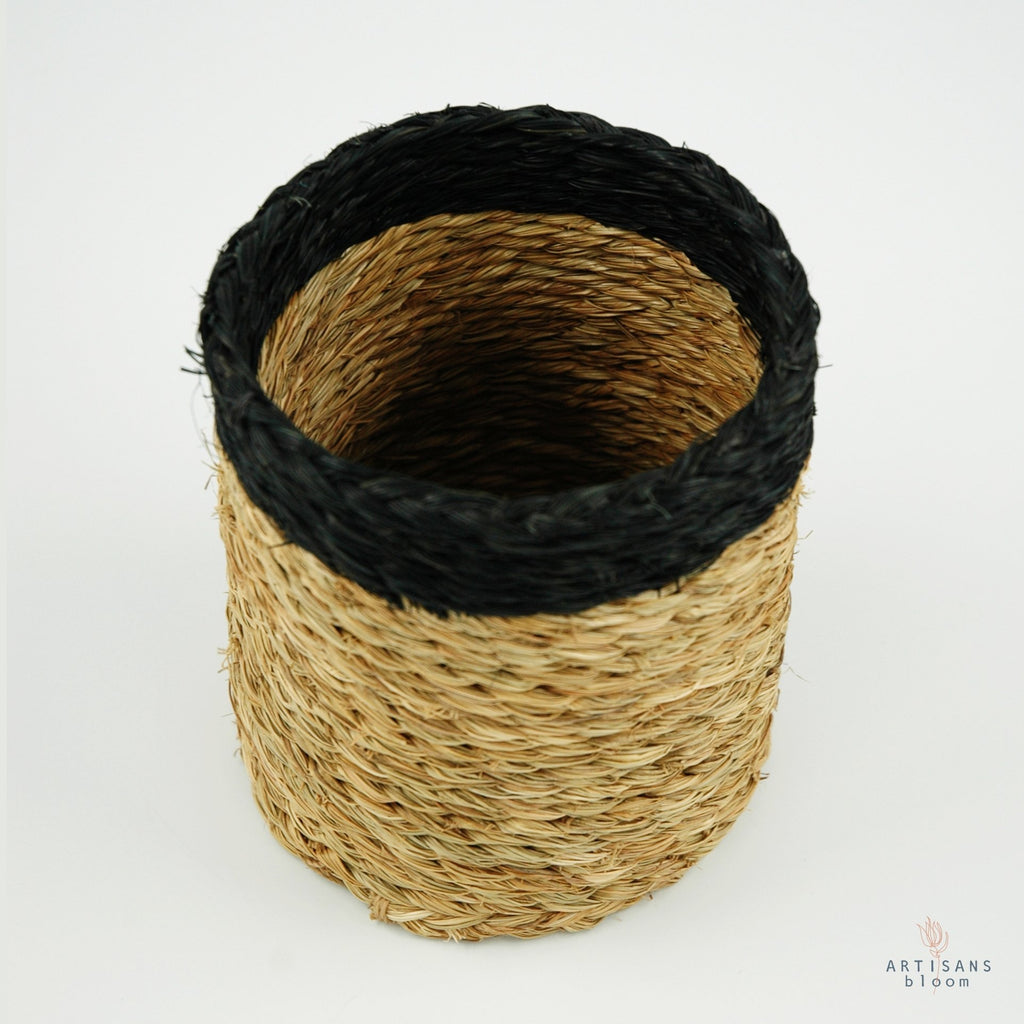 Grass Wine Bottle Holder - Black - Artisans Bloom