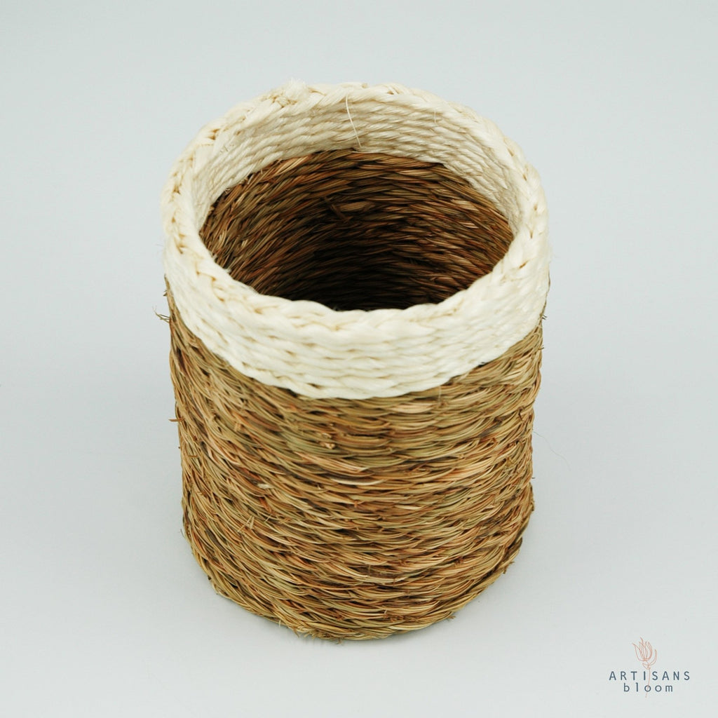 Grass Wine Bottle Holder - White - Artisans Bloom