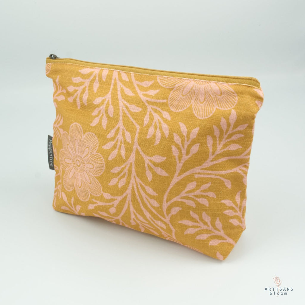 Make Up Bag - Khanga Flower - Artisans Bloom