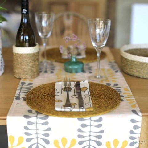 Small Spekboom Table Runner - Artisans Bloom