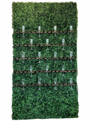 Boxwood Champagne Wall *Rental*