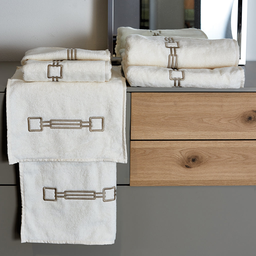 Retro Luxury Towels