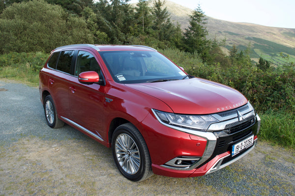 Mitsubishi Outlander PHEV | Changinglanes.ie