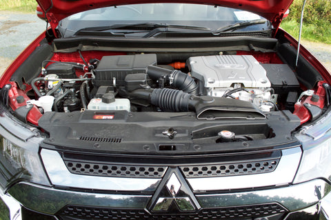 Under the hood | Mitsubishi Outlander PHEV