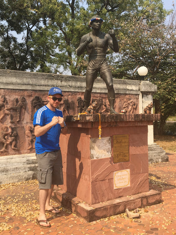 Thai Boxing monument - Irish Bootstrapper