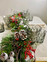Load image into Gallery viewer, Leigh Christmas Garland