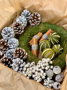 Beginners Frosty White Christmas Wreath Kit Box