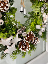 Load image into Gallery viewer, Delamere Christmas Wreath