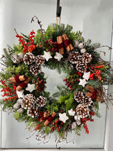 Load image into Gallery viewer, Leigh Christmas Wreath