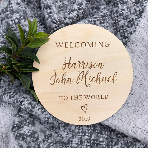 Welcoming to the world plaque